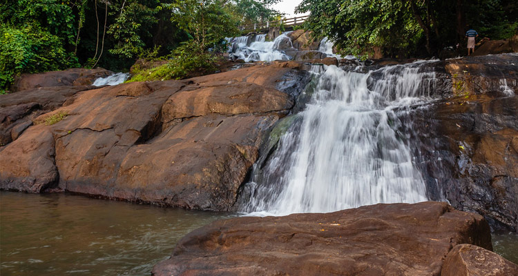 Aruvikkuzhi Waterfalls